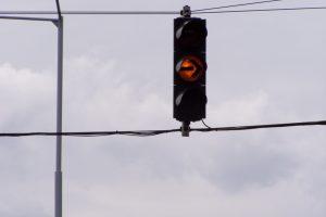Új lámpás kereszteződés, és gyalogos átkelőhely létesül a kerületben